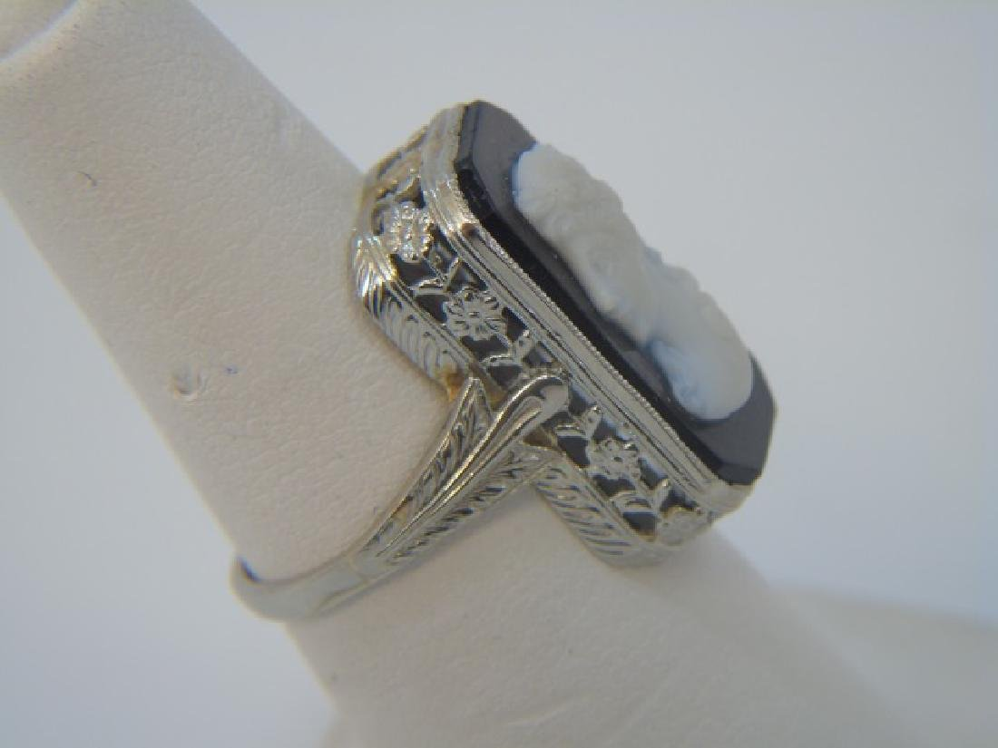 Estate 18kt White Gold Filigree Cameo Ring