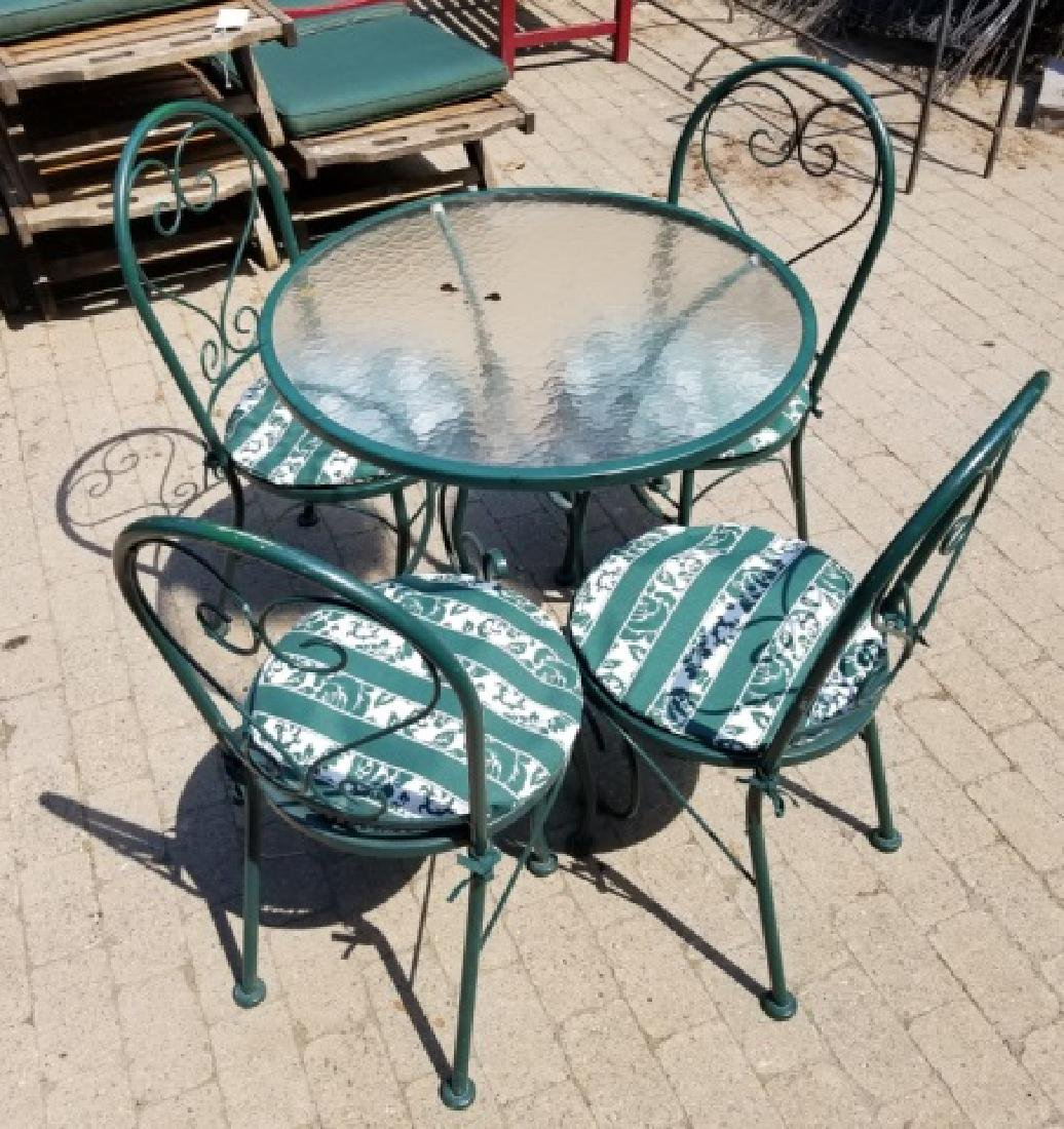 Outdoor Patio Garden Round Table & 4 Chairs