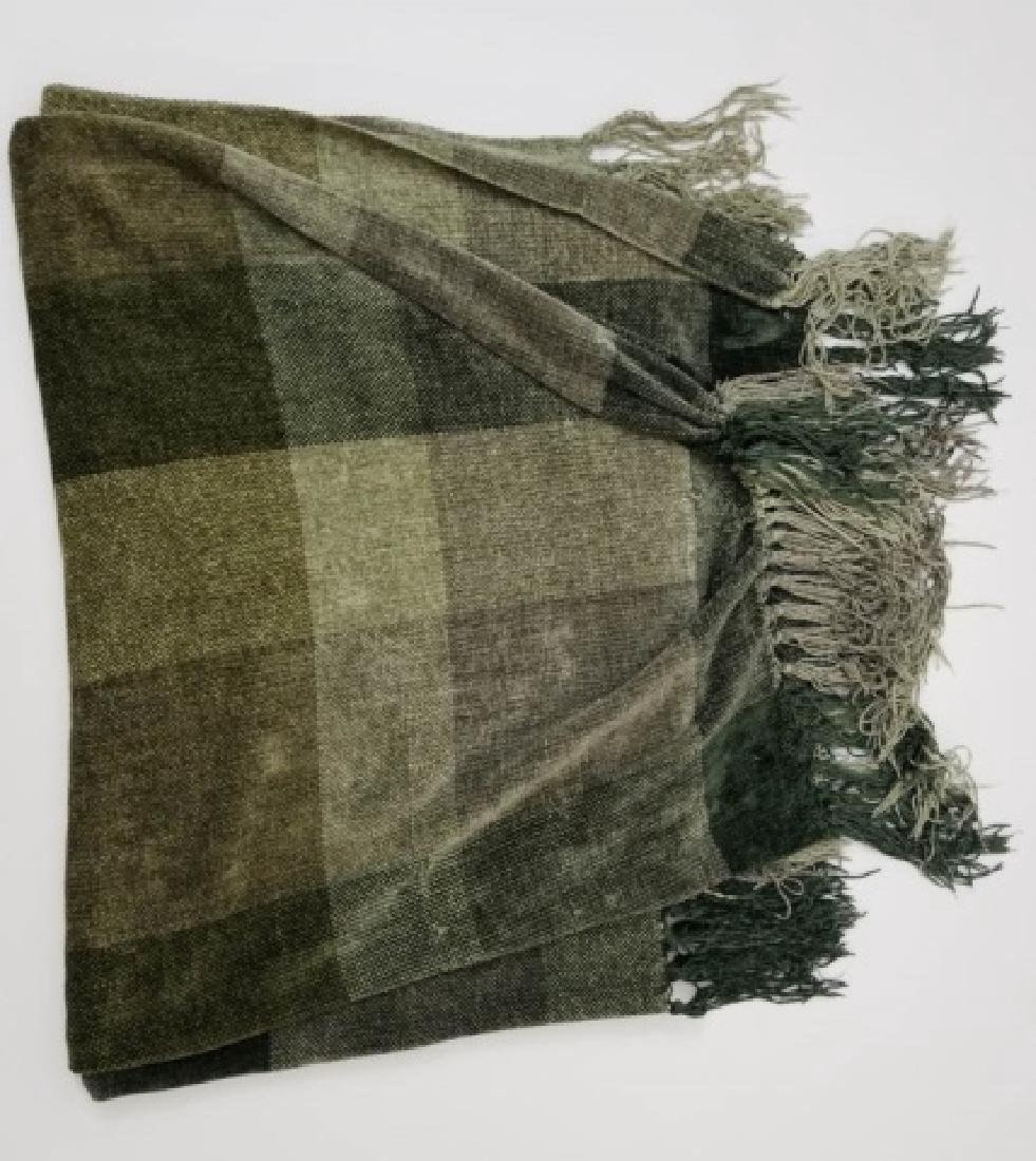 Lace & Rope Fringe Table Cloth & 2 Throw Blankets - 5