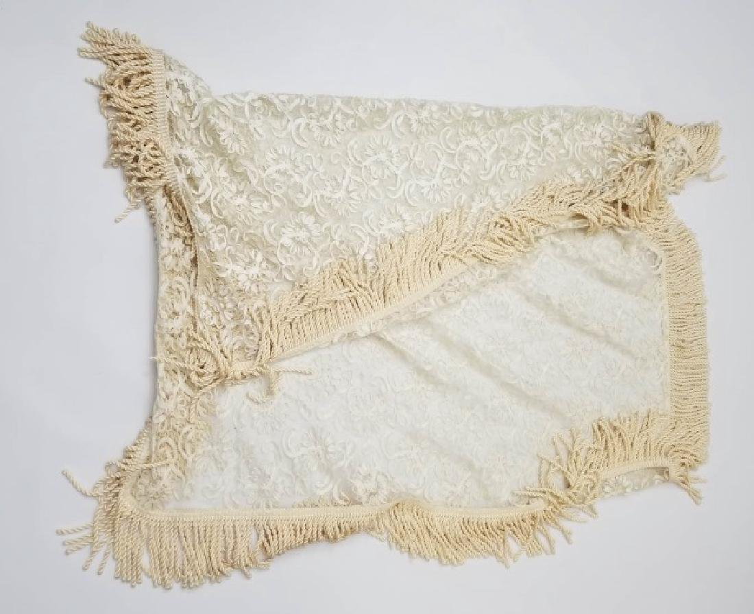 Lace & Rope Fringe Table Cloth & 2 Throw Blankets - 9