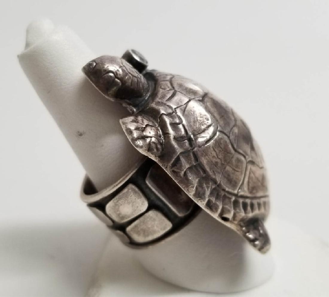 Signed Artisan Sterling & Tourmaline Turtle Ring - 2