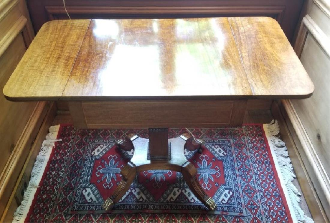 English Georgian Style Drop Leaf End Table - 2