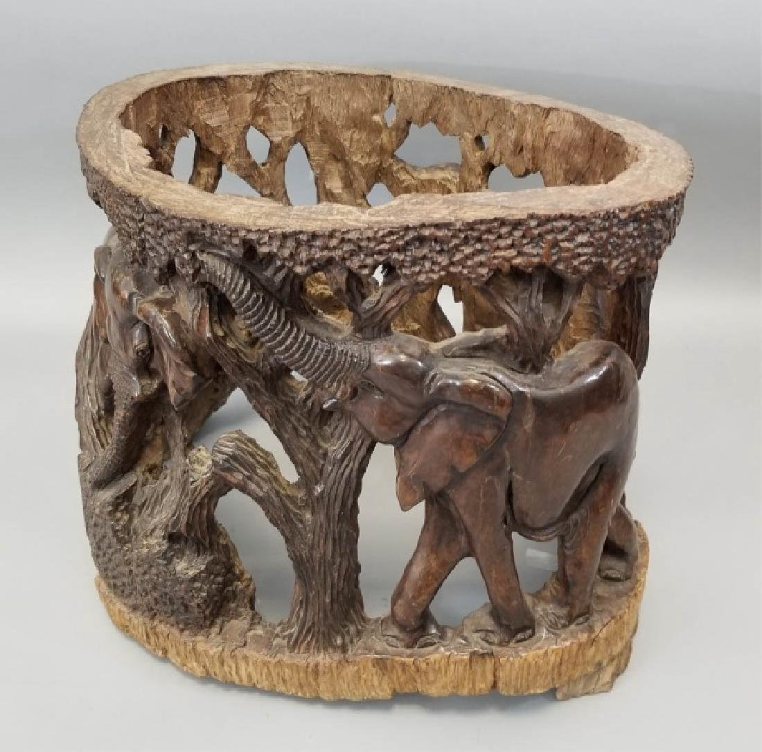 African Elephants Carving from Tree Trunk (1 of 2)