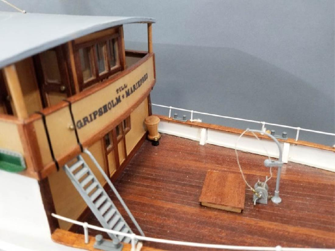 Ship's Model MarieFred w Custom Glass & Wood Case - 2