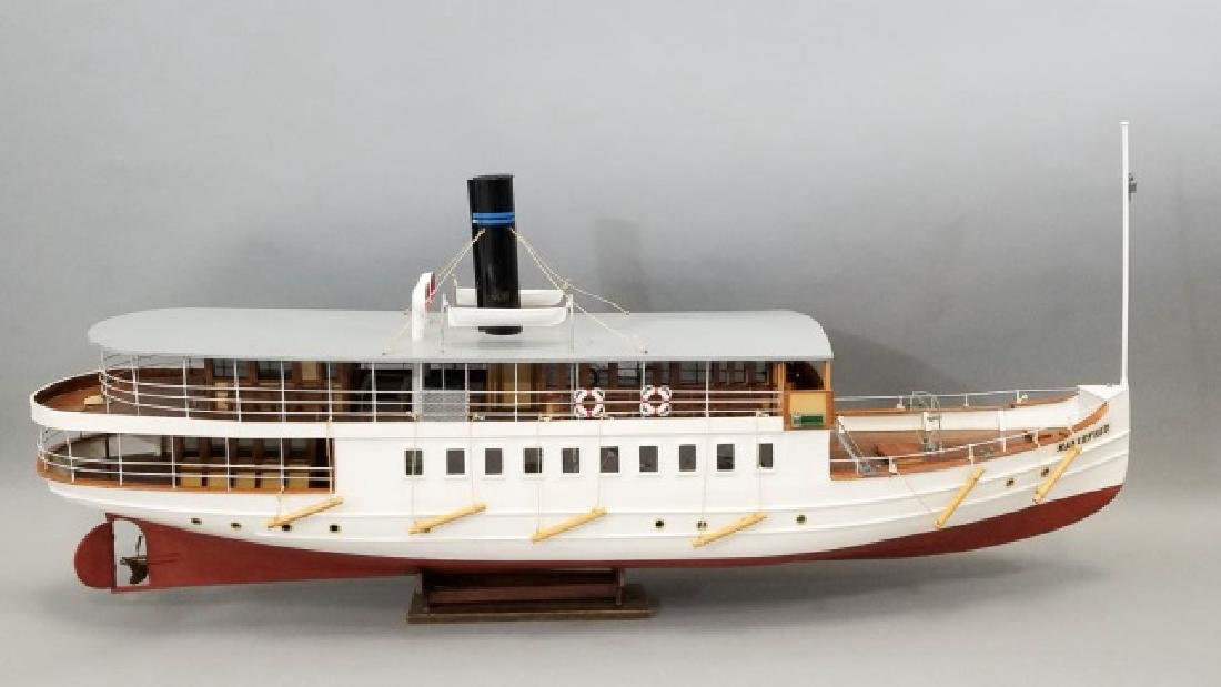 Ship's Model MarieFred w Custom Glass & Wood Case - 4