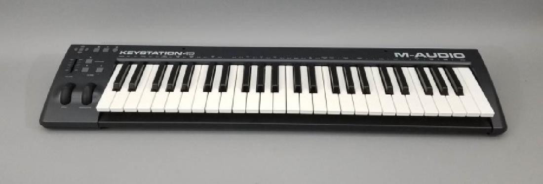 M-AUDIO Keystation 49 Electronic Keyboard