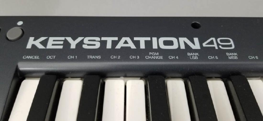 M-AUDIO Keystation 49 Electronic Keyboard - 2