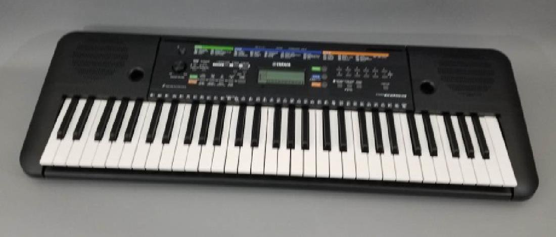 Yamaha PSR E253 Electronic Keyboard (1 of 2)