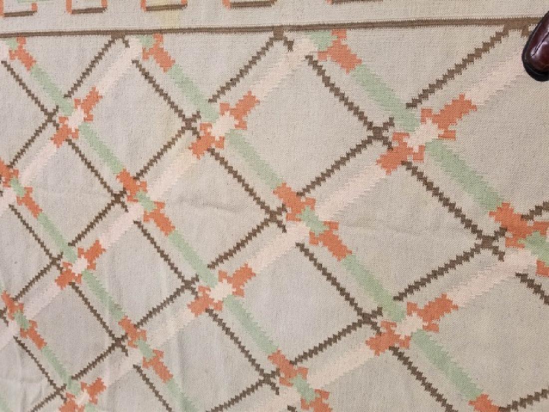 Large Kilim Wool Rug in Beige & Peach Colors - 3