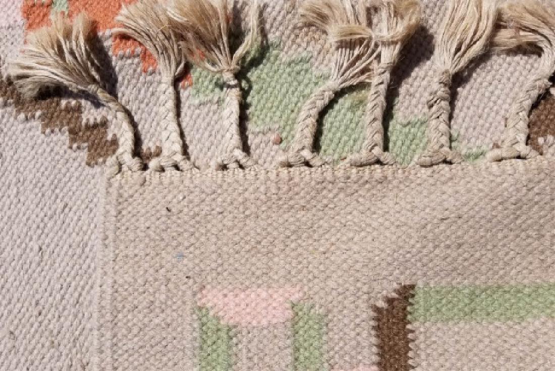 Large Kilim Wool Rug in Beige & Peach Colors - 5