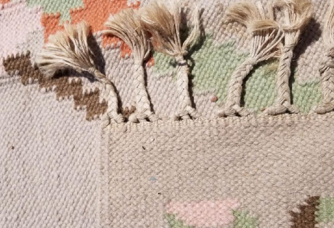 Large Kilim Wool Rug in Beige & Peach Colors - 6