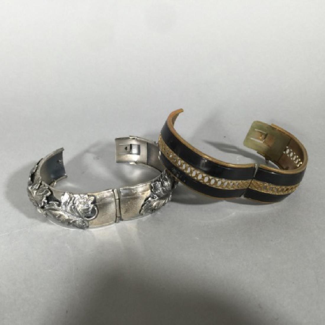 Two Estate / Vintage Hinged Bangle Bracelets - 3