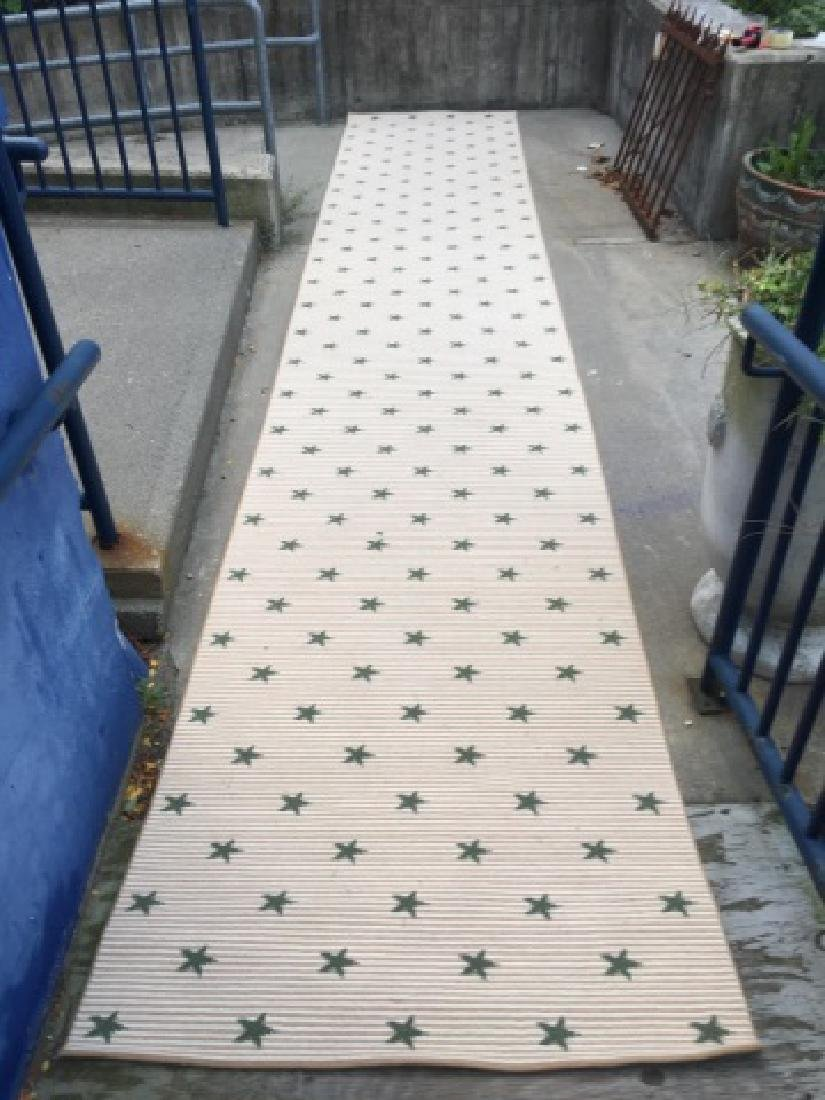 Contemporary Star Design Carpet Runner by Stark