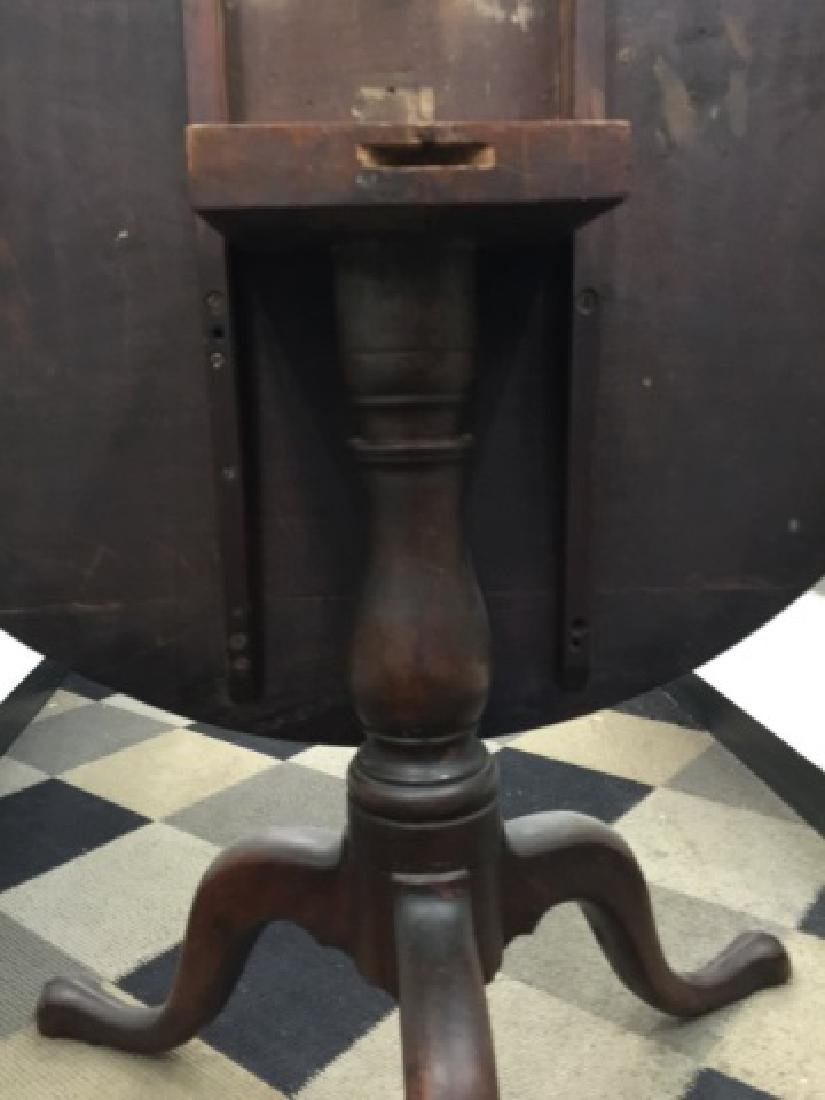 Antique American Flame Mahogany Tilt Top Table - 5