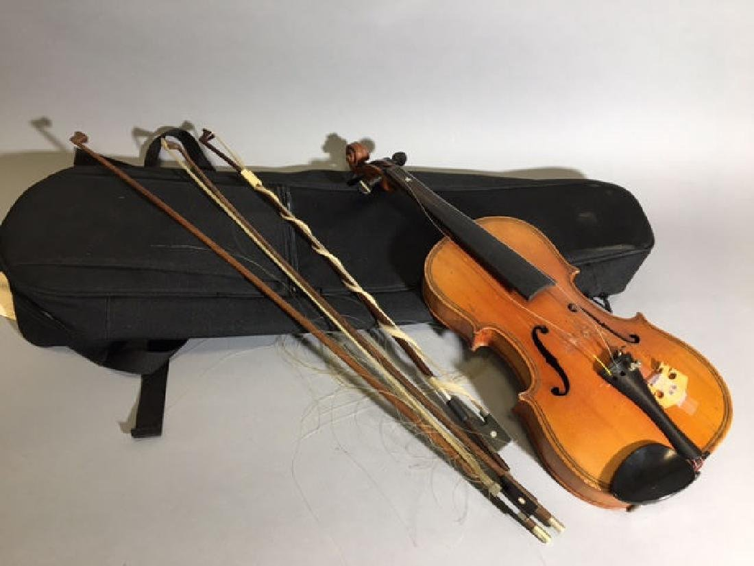 Violin with Black Case and 3 Bows