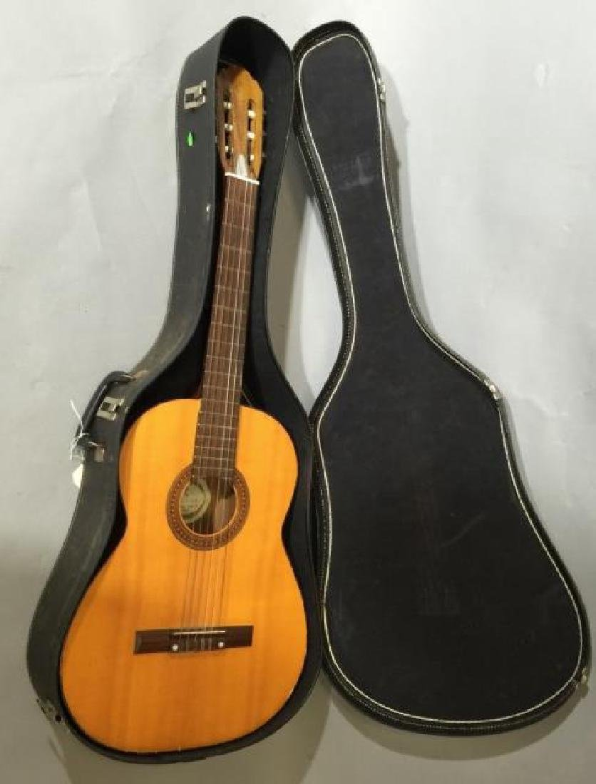 Encore Wooden Acoustic Guitar in Carrying Case