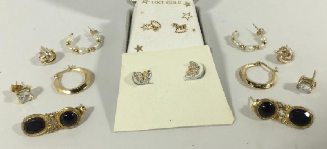 Assorted Vintage 14kt Gold & Gold Plated Earrings