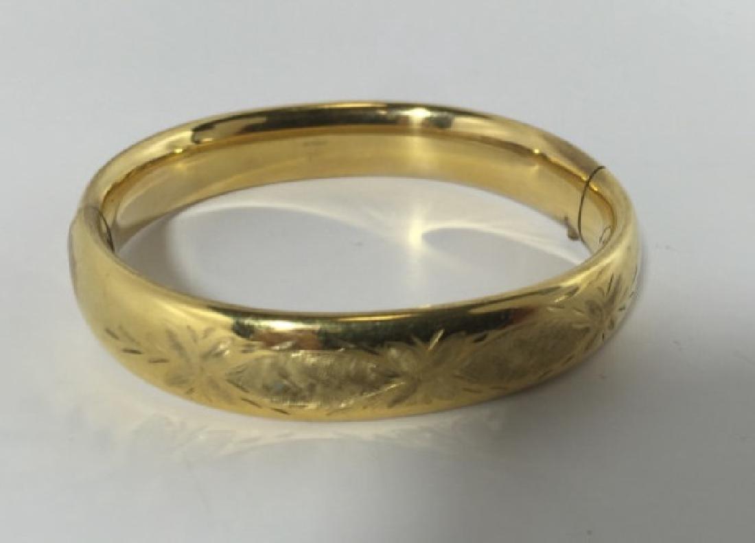 Vintage Chased Floral Design Gold Bracelet - 3