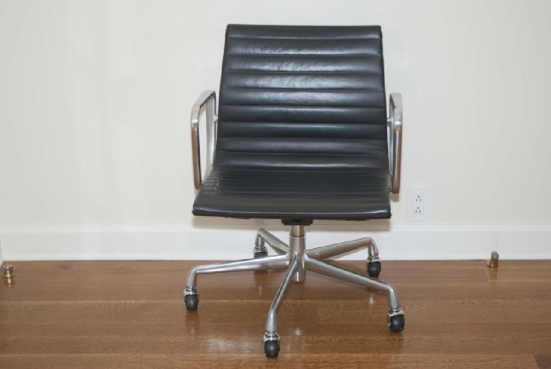 Modern Black Leather Herman Miller Desk Chair - 2