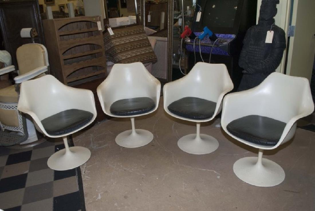 4 Modern Knoll White Chairs with Leather Cushion - 4