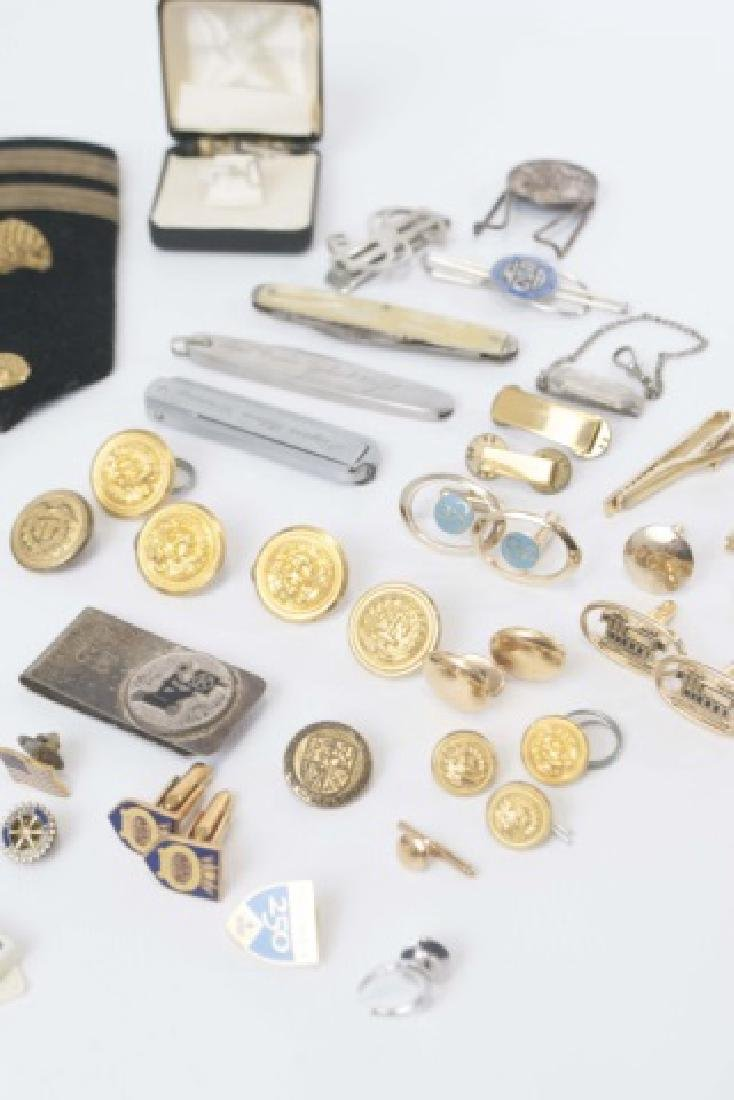 Collection Military Badges, Pocket Knives, Etc - 5