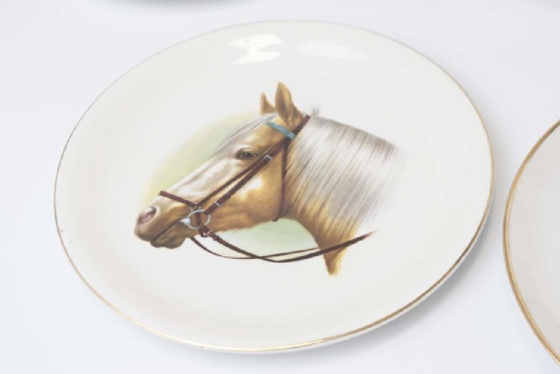 Pieces of Coaching Days Porcelain by Royal Doulton - 4