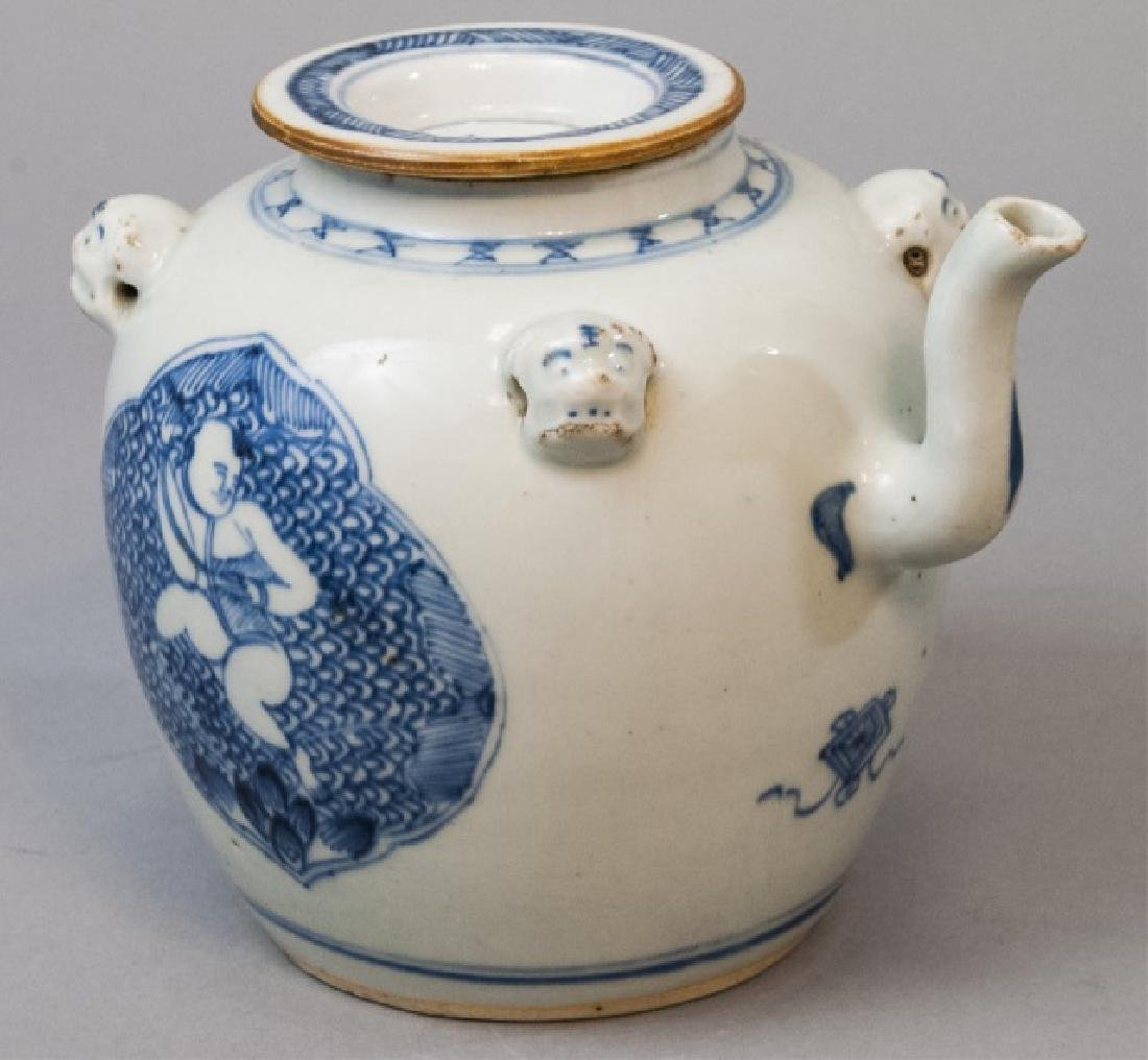 Chinese Hand Painted Porcelain Tea Pot