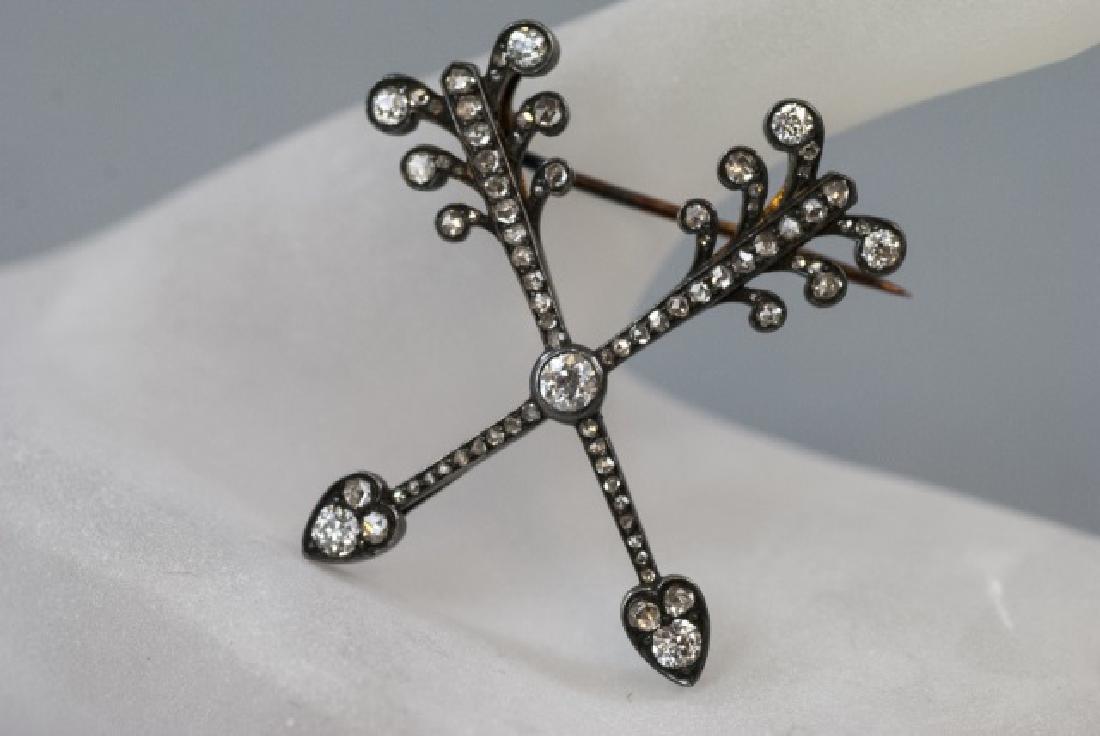 Estate 1 Carat Diamond Double Arrow Brooch