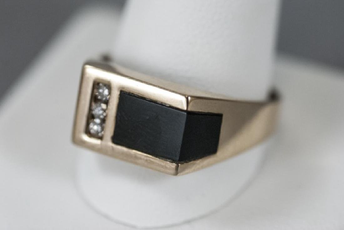 Retro 14kt Yellow Gold Diamond & Onyx Ring - 2