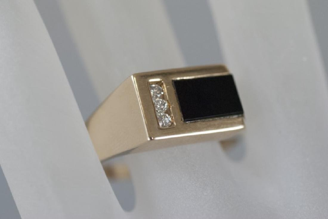 Retro 14kt Yellow Gold Diamond & Onyx Ring - 5