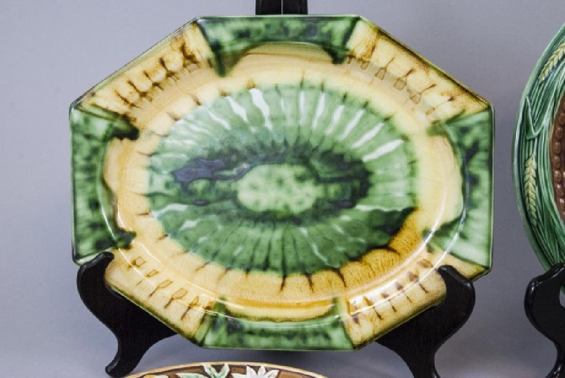 Assorted Spongeware Majolica Plates & Dishes - 3