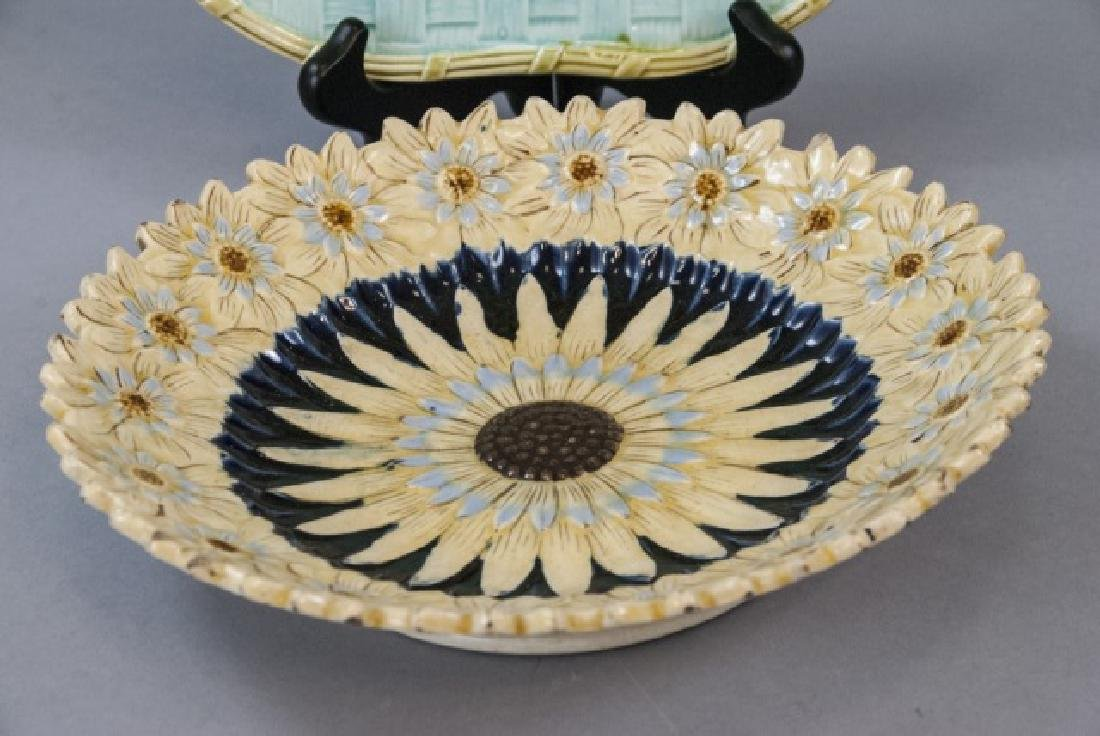 Two Vintage Assorted Majolica Plates - 3