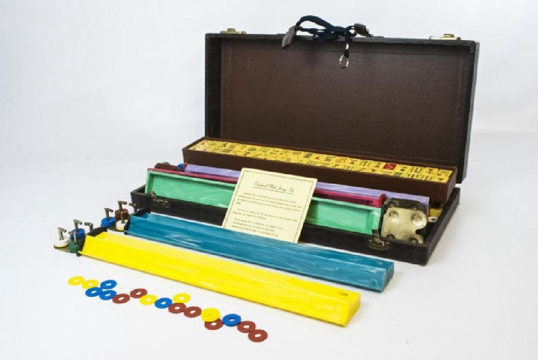 Vintage Mahjong Game Set in Fitted Case