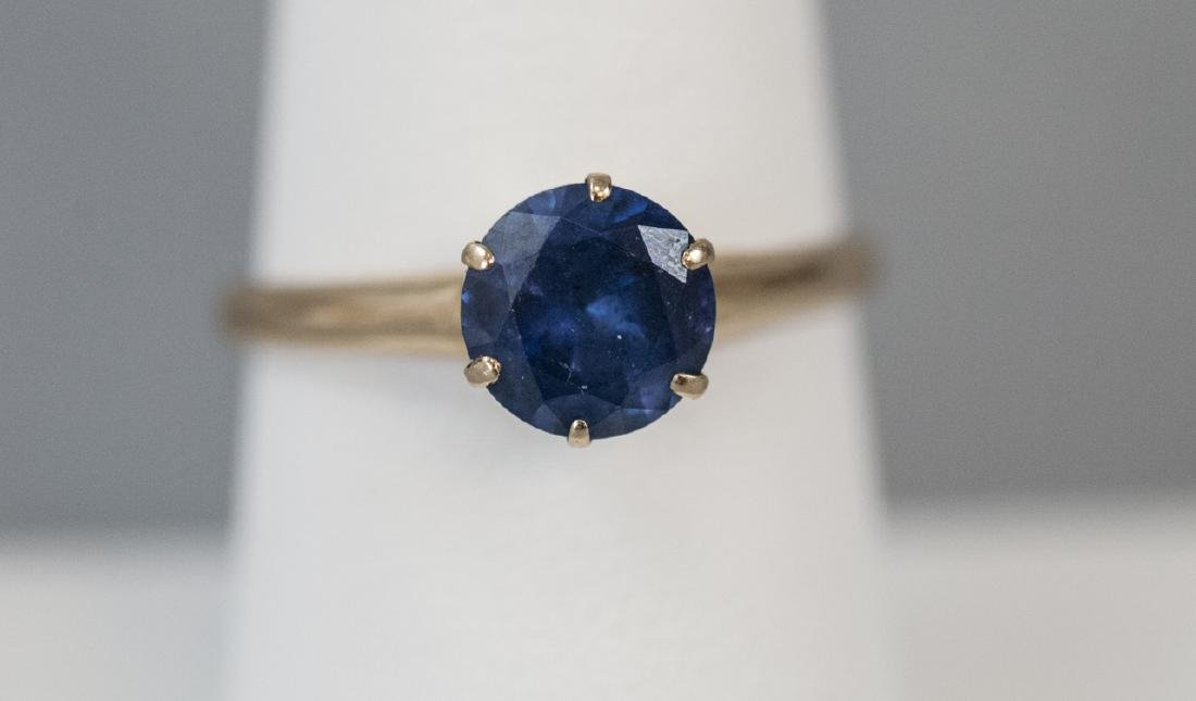 Estate 14kt Yellow Gold & Sapphire Solitaire Ring