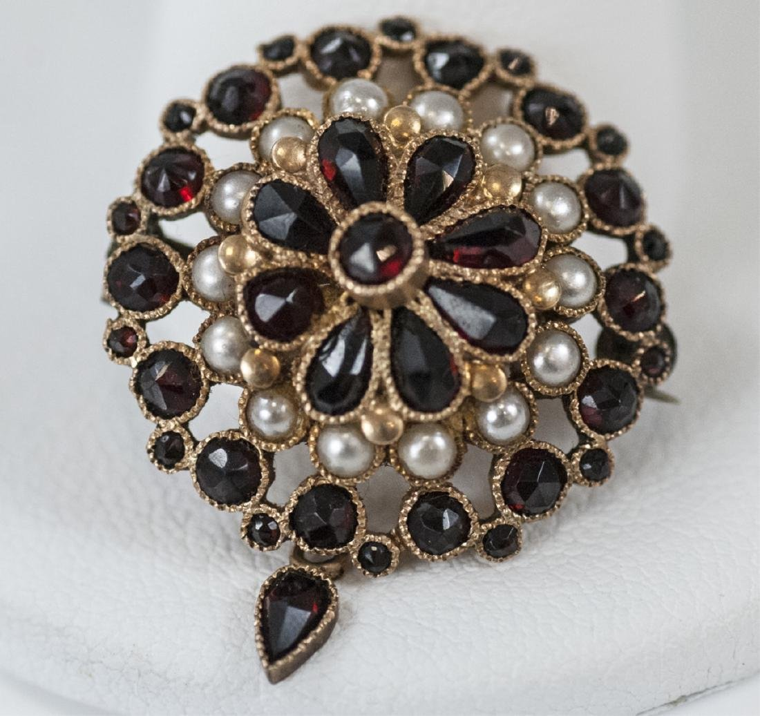 Estate 14kt Yellow Gold Seed Pearl & Garnet Brooch