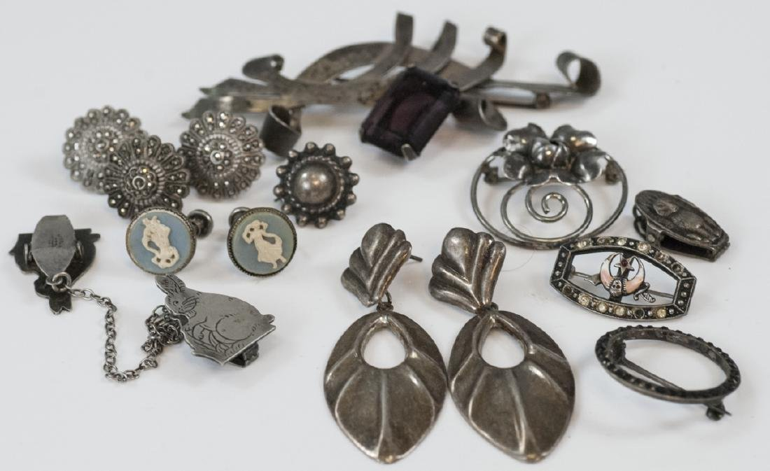 Group of Assorted Vintage Sterling Silver Jewelry