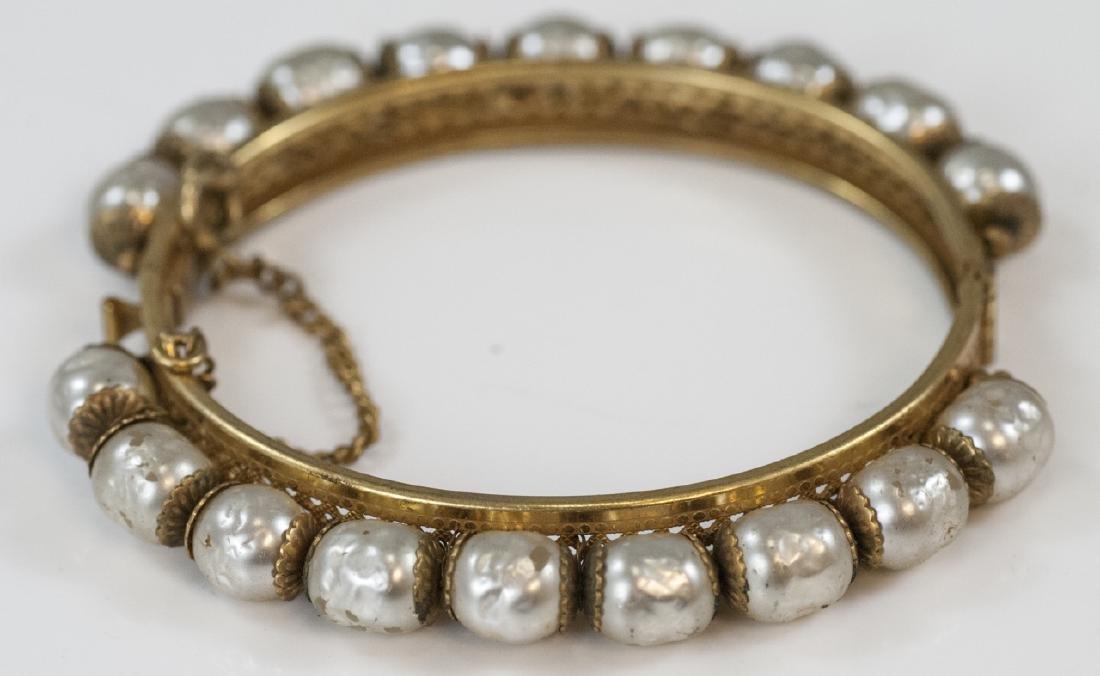 Vintage Miriam Haskell Costume Pearl Bracelet