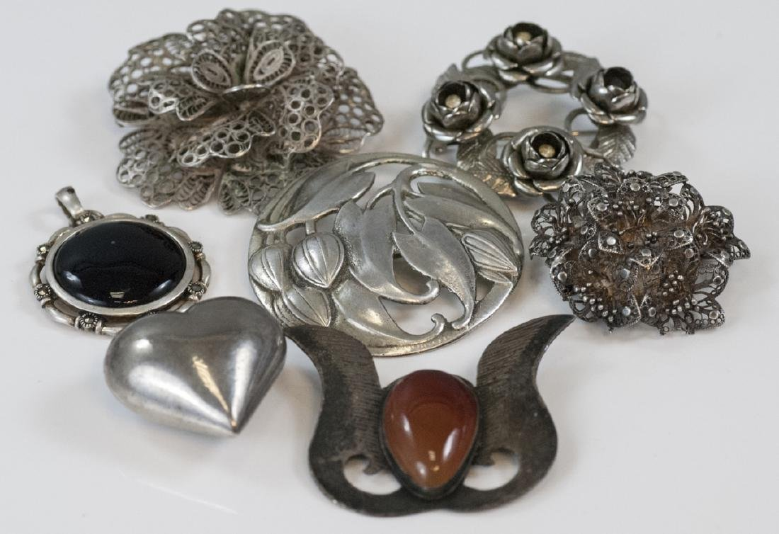 Assorted Vintage Sterling Silver Brooches Pendant