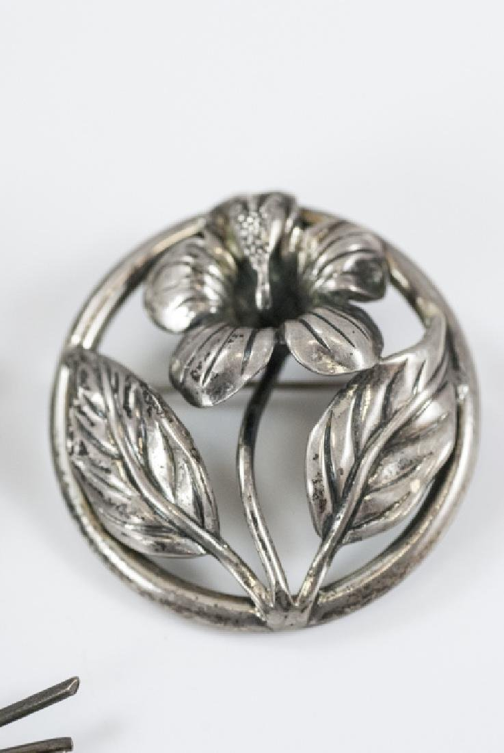 Three Vintage Figural Sterling Silver Brooches - 4