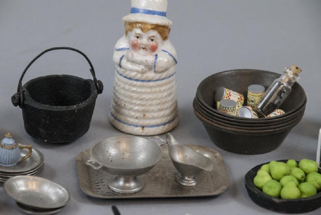 Collection Antique & Vintage Dollhouse Miniatures - 2