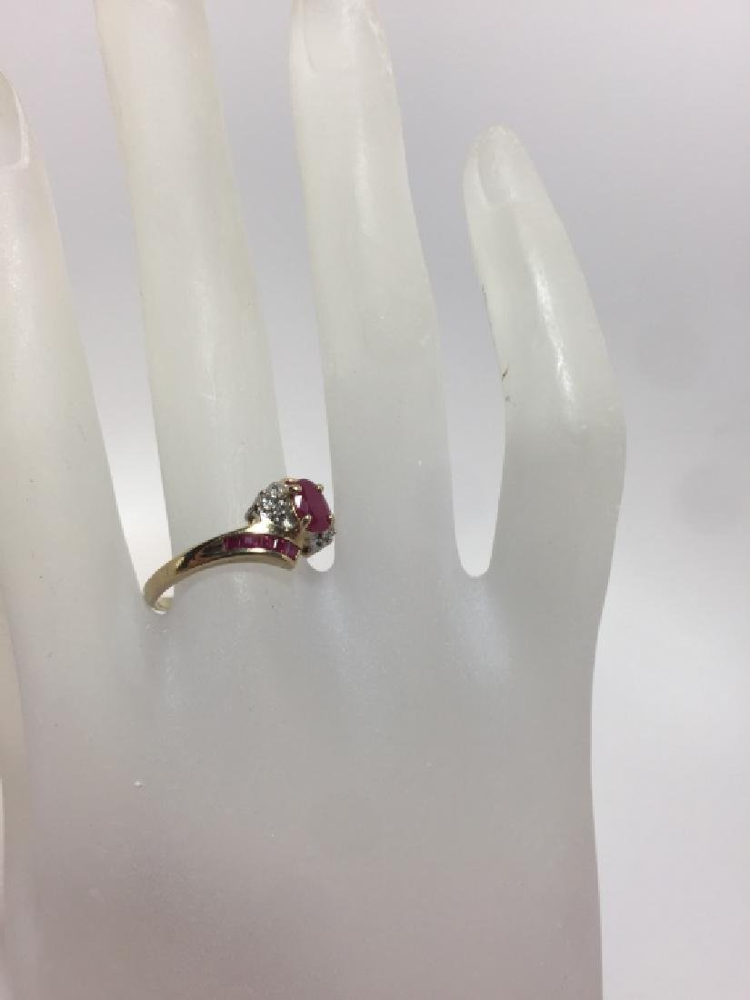 Vintage Yellow Gold Ruby & Diamond Ring - 3