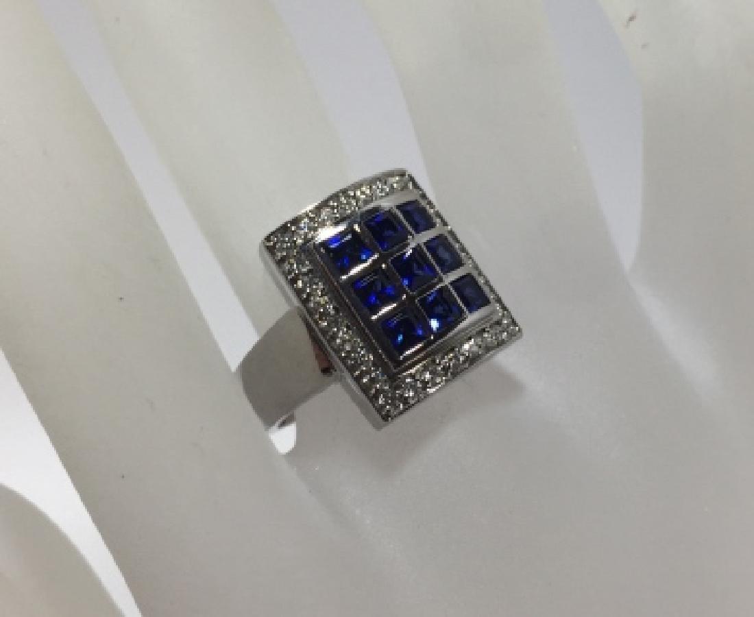 Designer 18kt White Gold Sapphire & Diamond Ring