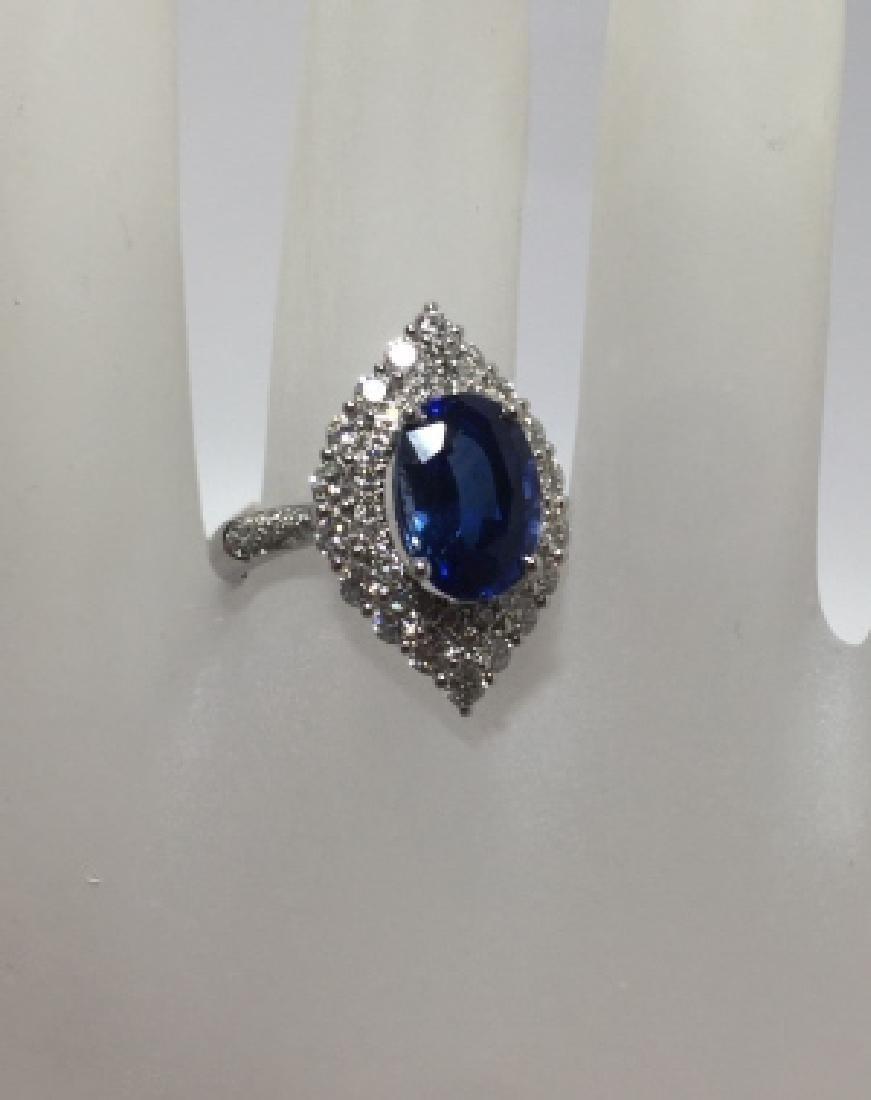 18kt Gold 4.24 Ct Sapphire & 1 Ct Diamond Ring