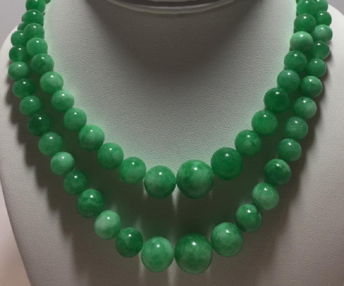 Pair White / Green Jade Graduated Bead Necklaces