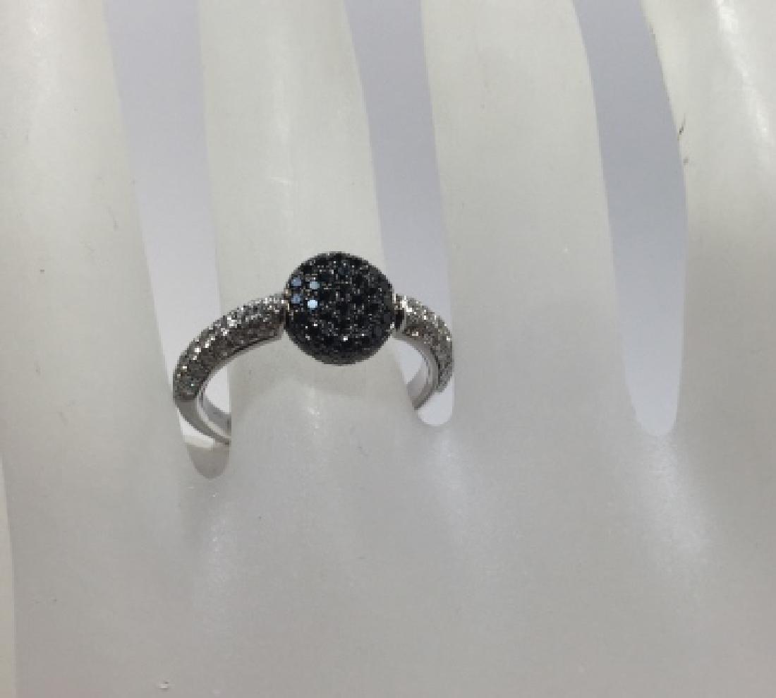 18kt White Gold Black & White Diamond Flip Ring