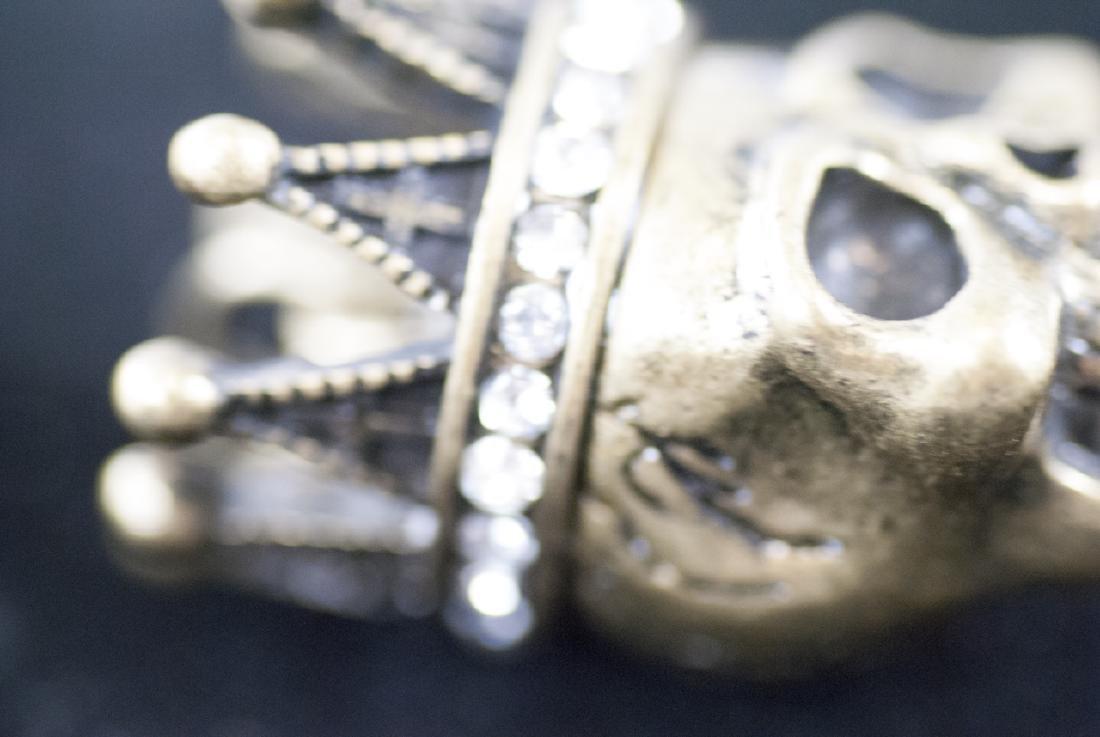 Pair of Jewelry Pendants - Human Skulls w Crowns - 4