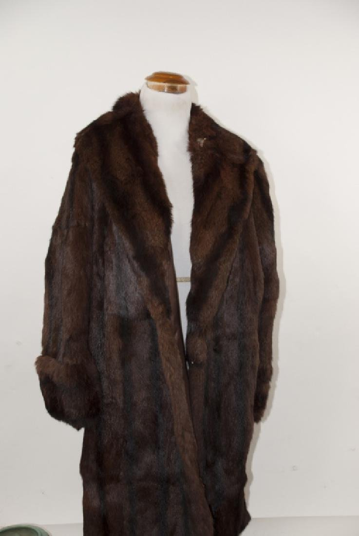 Vintage Dark Brown 3/4 Length Mink Fur Coat