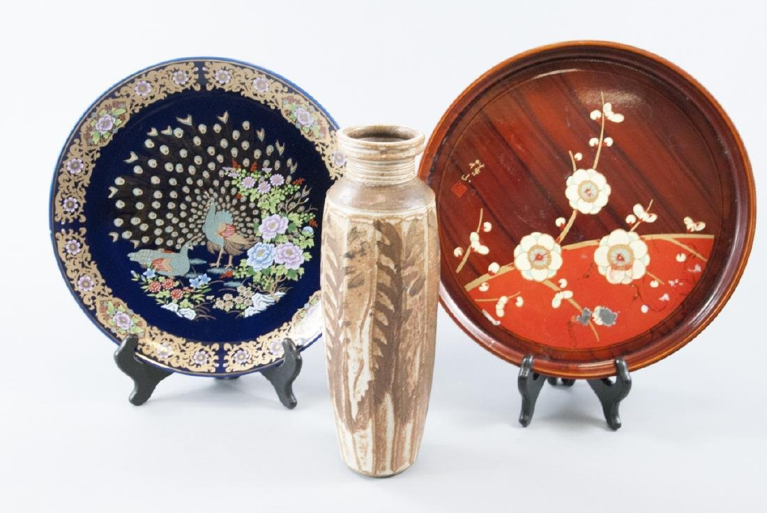 Chinese Plate Japanese Lacquer Tray & Pottery Vase