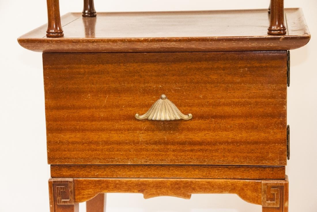 Pair Of Vintage RWAY Side Tables/Nightstands - 3