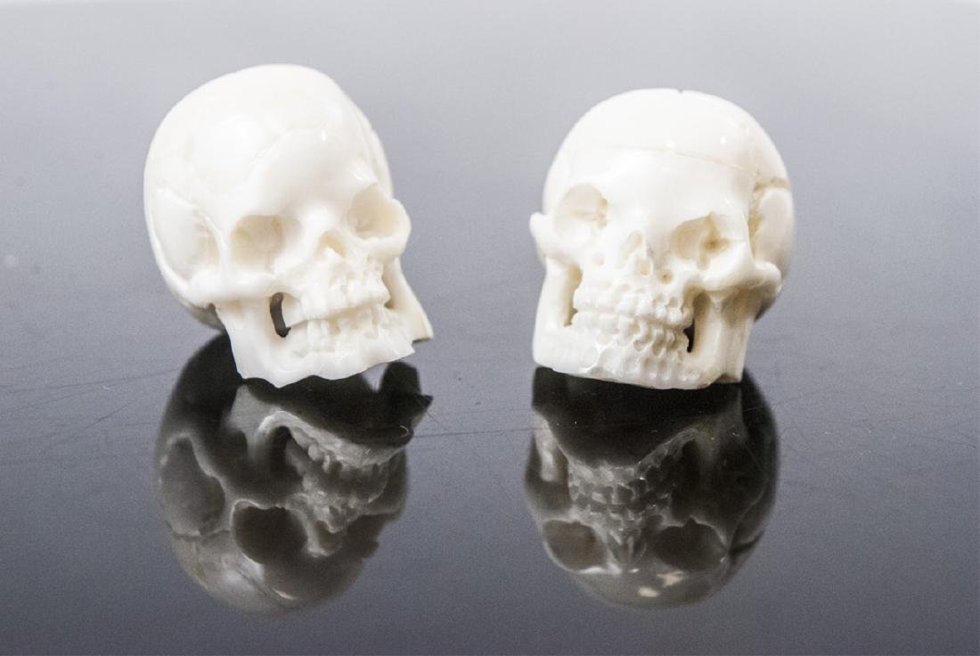 Pair Memento Mori Human Skull Necklace Pendants